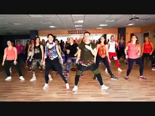НОВИНКА!!!!!! Zumba - DJ Snake Selena Gomez Ozuna Cardi B - Taki Taki