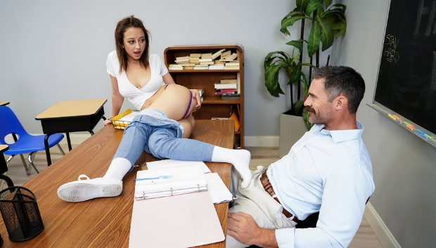 Brazzers - Naughty Trade for a Good Grade