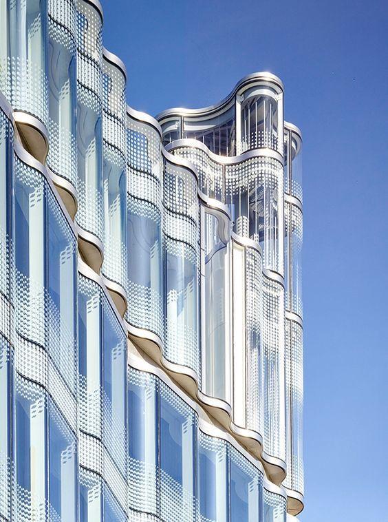Интересные фасады