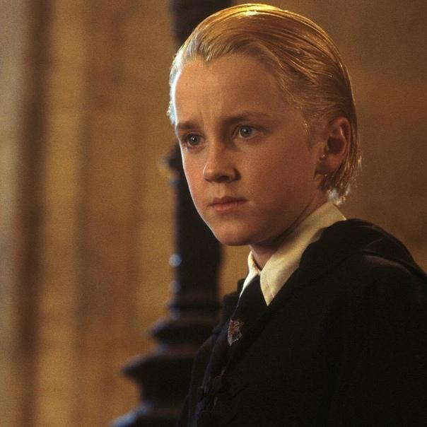Малфой уже не тот: поклонники раскритиковали неряшливый вид Тома Фелтона Преданные поклонники фантастической саги о Гарри Поттере (Harry Potter) всегда искренне радуются новым публичным выходам