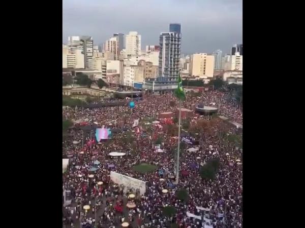Um elenão gigantesco em São Paulo contra o fascismo de Bolsonaro