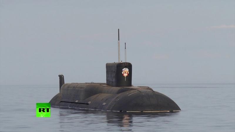 Испытания подводного ракетоносца «Борей» — видео