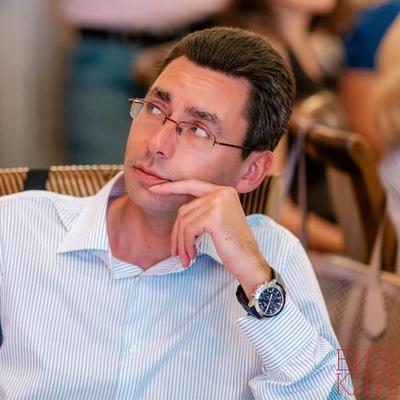 Роман Левин