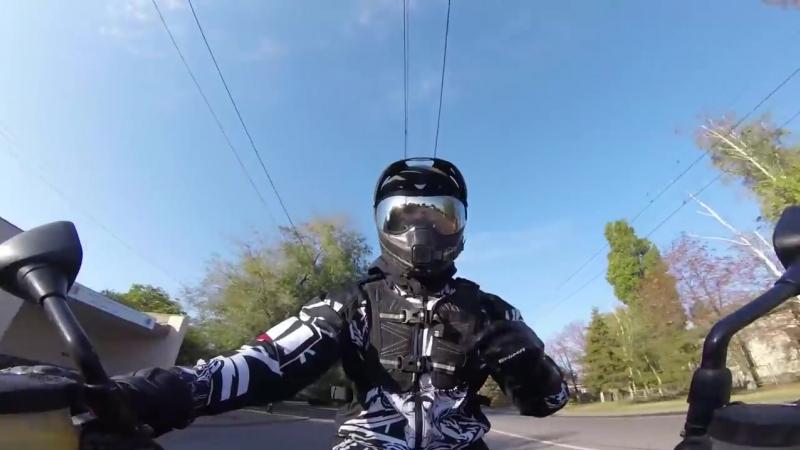 [Хулиган] Мотоциклист забрал ключ у мотобата! Как? Кто прав?
