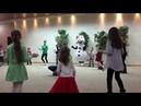 Все танцуют Чику-Рику с Троллями Розочкой и Цветаном - Танец снеговика Олафа - Видео для детей