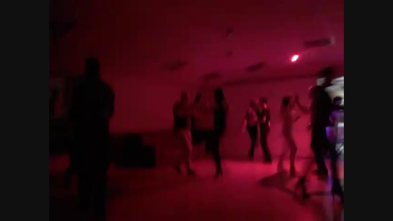 Mambo party 25.5