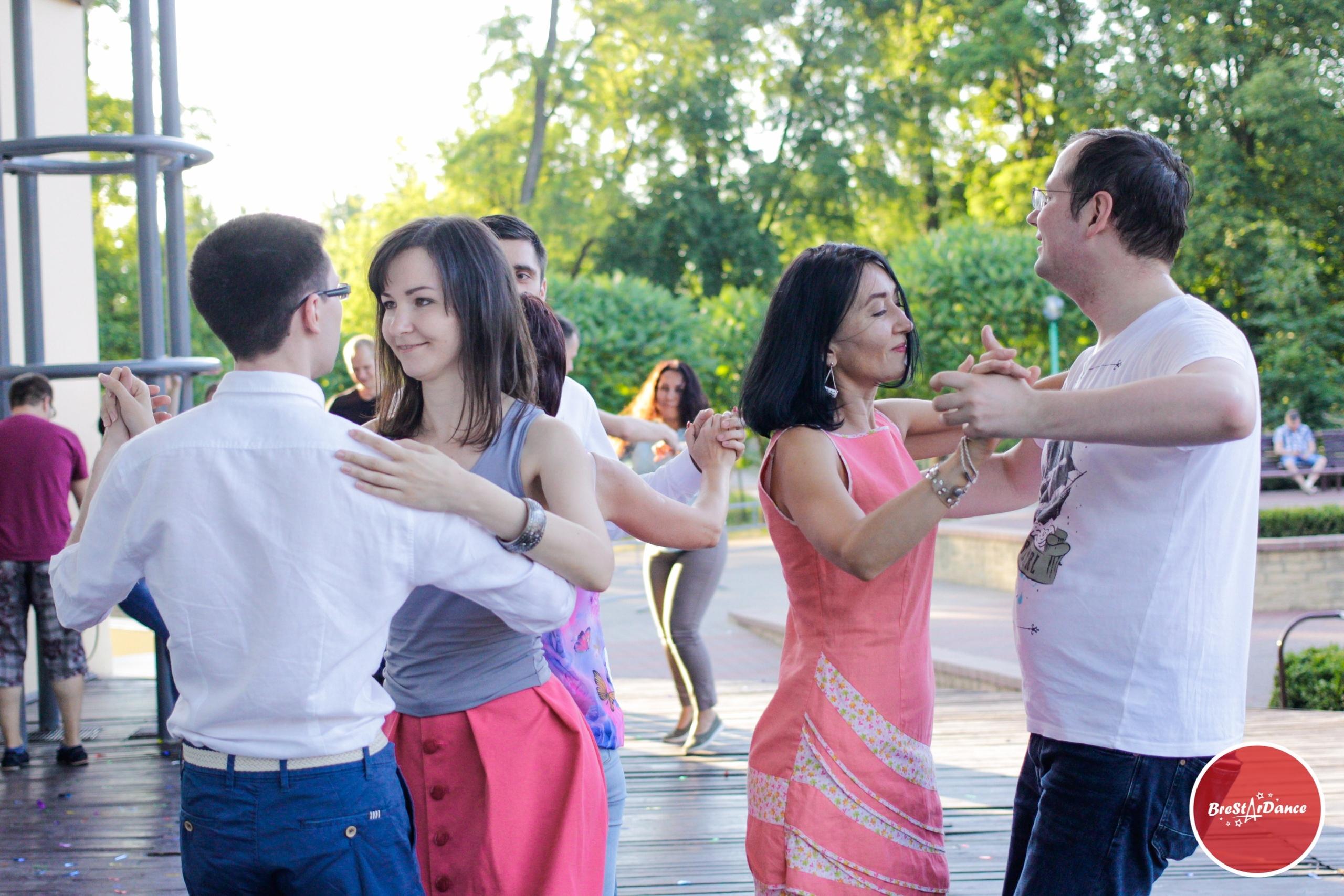 Брестчан приглашают на благотворительный фитнес-марафон под открытым небом