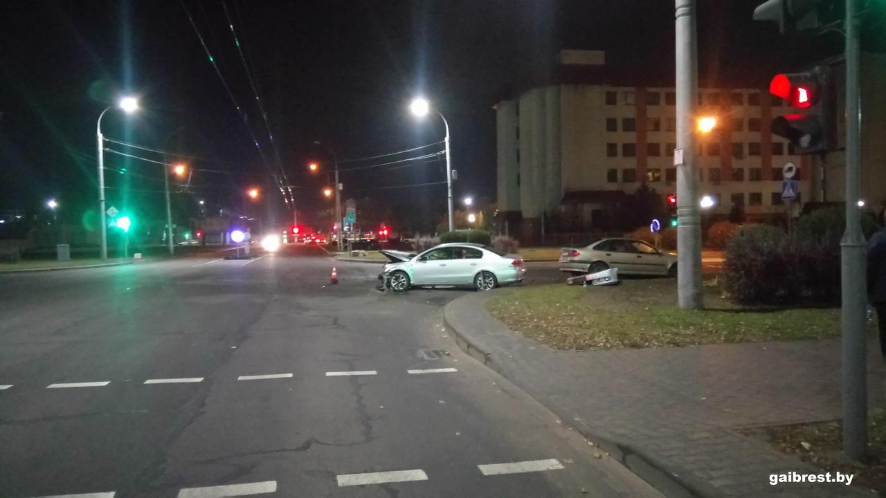 В ГАИ ищут очевидцев спорного ДТП на ул. Ленинградской в Бресте