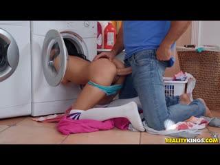 Maya bijou (lusty laundry day) [amateur, anal play, blowjob, masturbation, latin, 1080p]