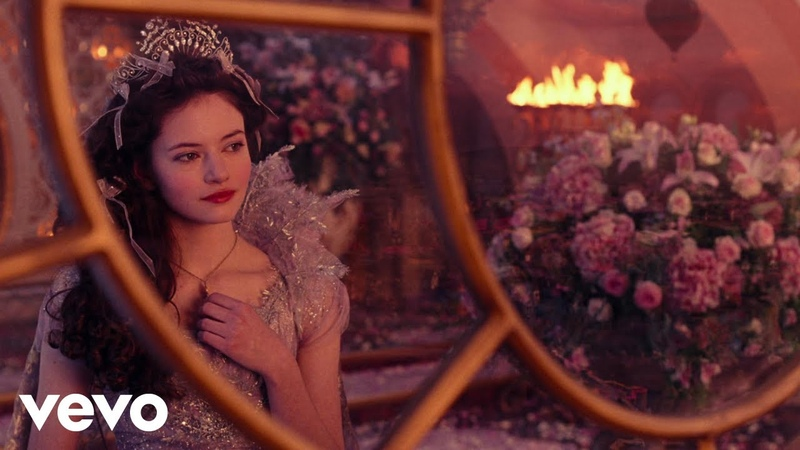 Fall on Me (From Disneys The Nutcracker and the Four Realms) [Italian]