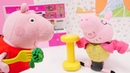Papá Pig se prepara para competir Vídeo de juguetes para niñas