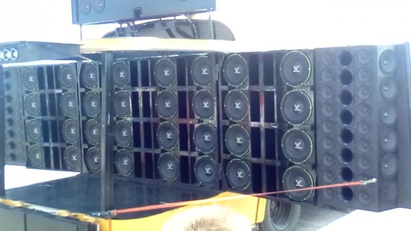 Школьный автобус Deaf Bonce
