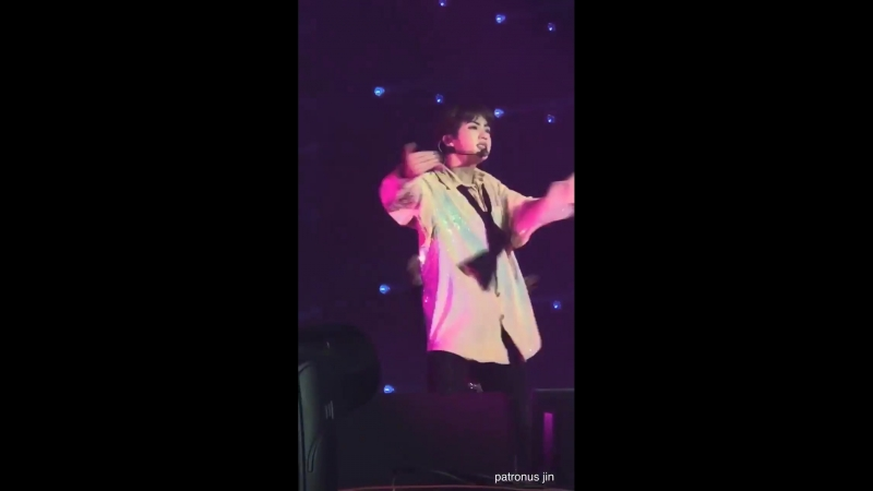 180923 Jin Encore LYS Hamilton - For those who want to see Jin's secret ABS, bring a tissu
