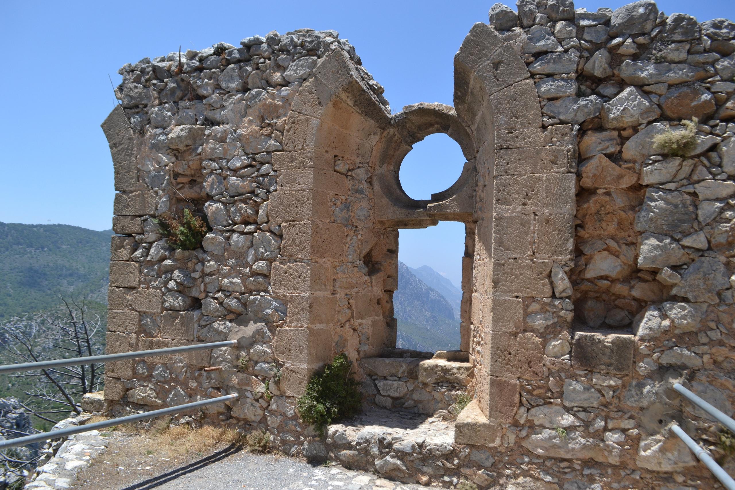 Северный Кипр. Замок Святого Иллариона. (фото). - Страница 3 BXXxPBapyeI