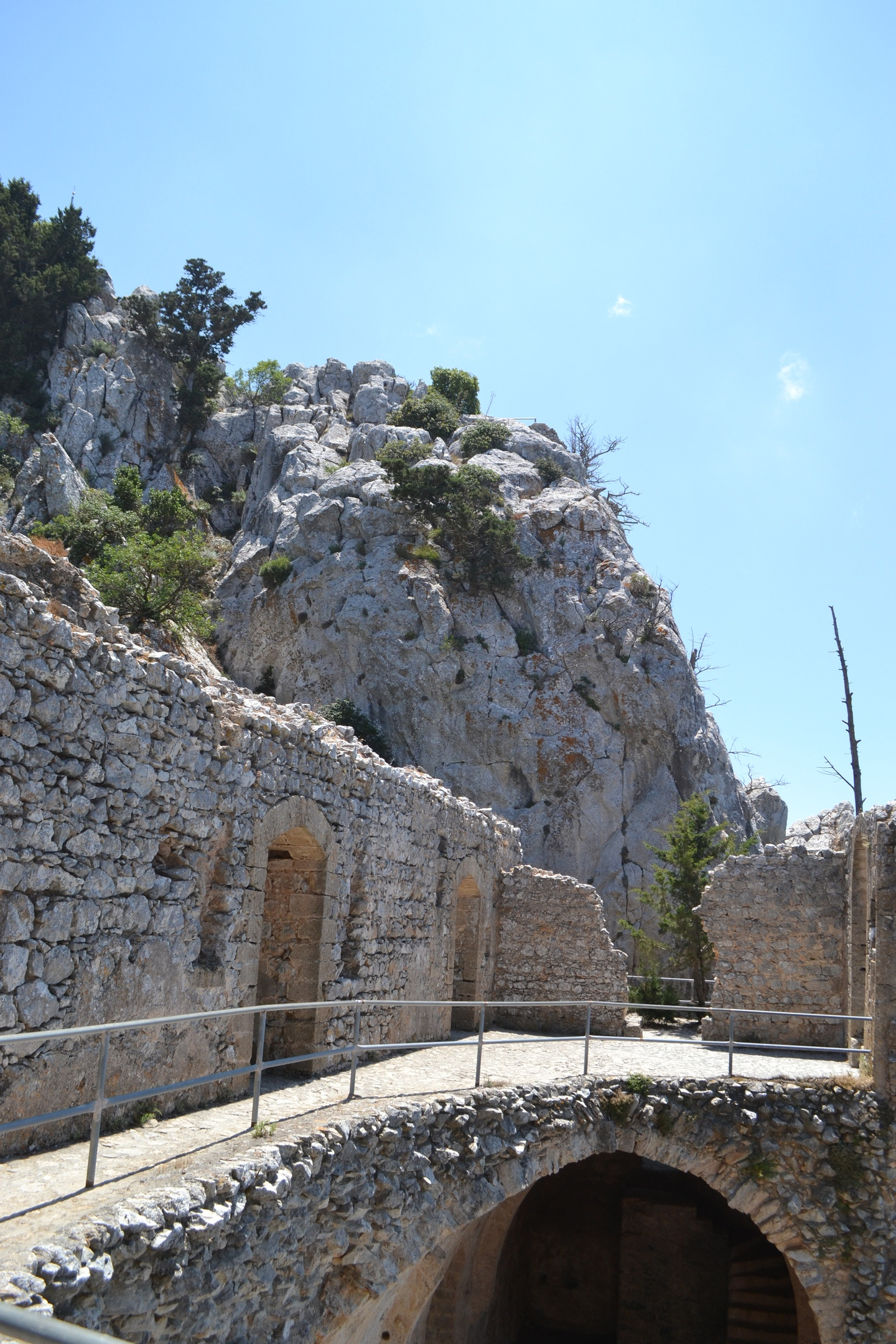 Северный Кипр. Замок Святого Иллариона. (фото). - Страница 3 MeUBi8HLKsQ