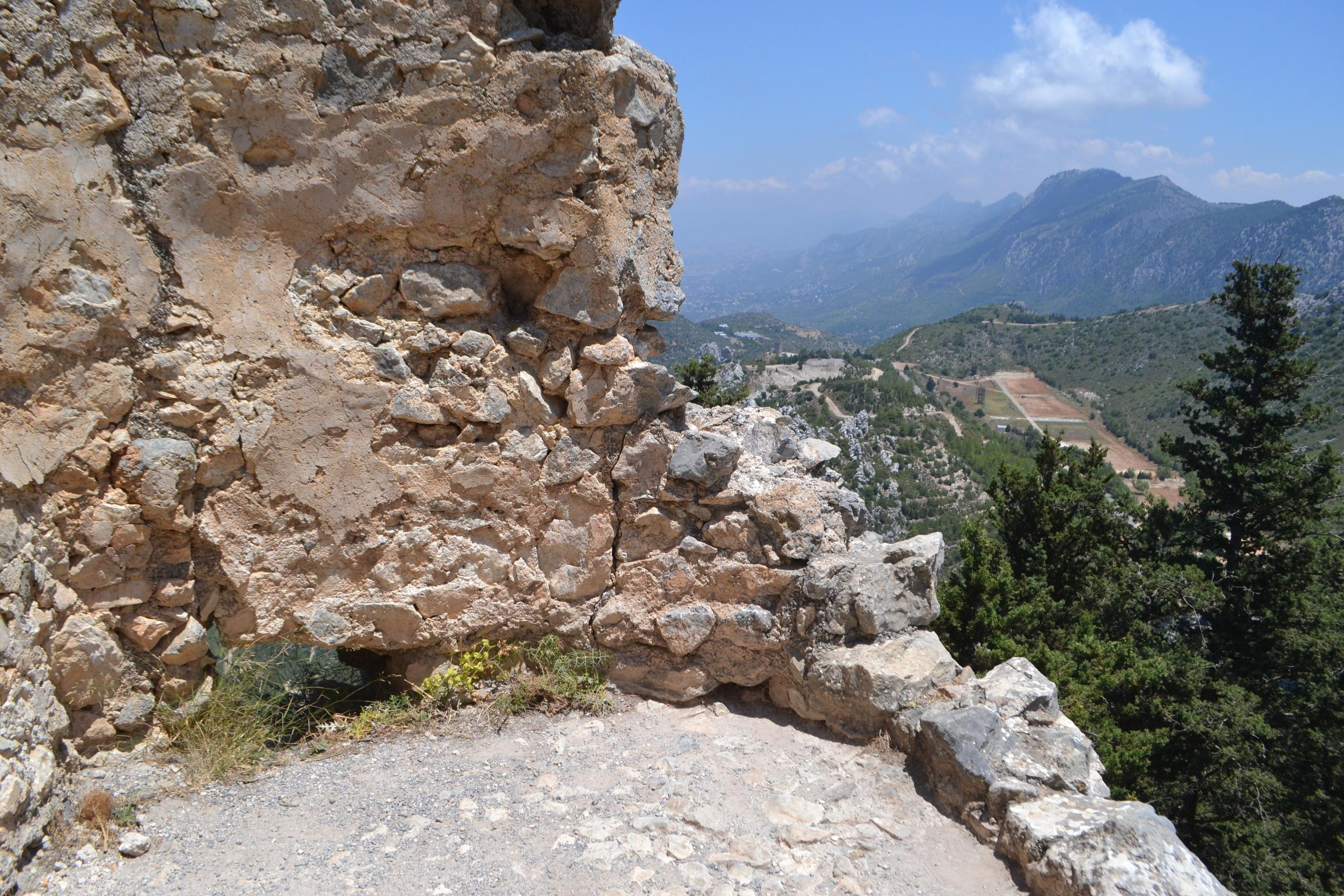 Северный Кипр. Замок Святого Иллариона. (фото). - Страница 3 NchaaTpa5f0