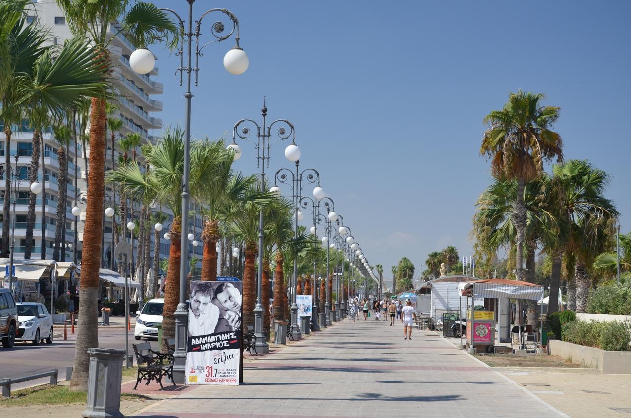 UFmVLW2-Rsk Ларнака - туристическая столица Кипра.