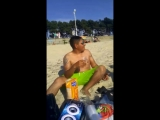 En la playa ) Samil (Vigo)
