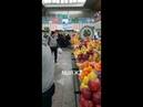 Задержание гастарбайтеров на Зеленом базаре в Алматы