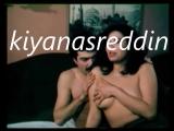Türk filminde Berrin Tuncel'in düşman aile Kuşçuoğullarına vemesi - erotik scene in turk movie