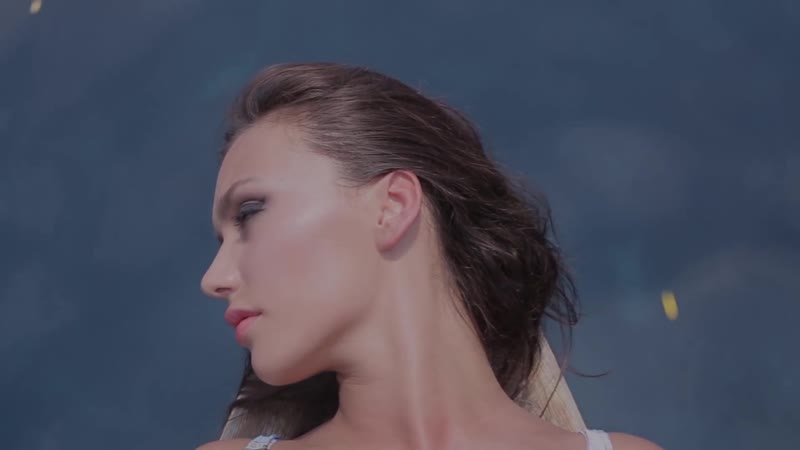 Максим Фадеев feat. MOLLY - Рассыпая серебро (Mood video) новое видео Оля Серябкина Моли Молли Малли серебро