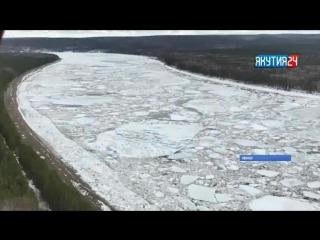 Уровень воды у города Ленск в Якутии поднялся почти на 3 метра за сутки