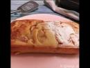 Мокрый кекс с персиками