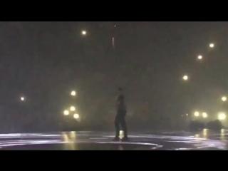 Drake посвящает свой концерт Mac Miller Рифмы и Панчи