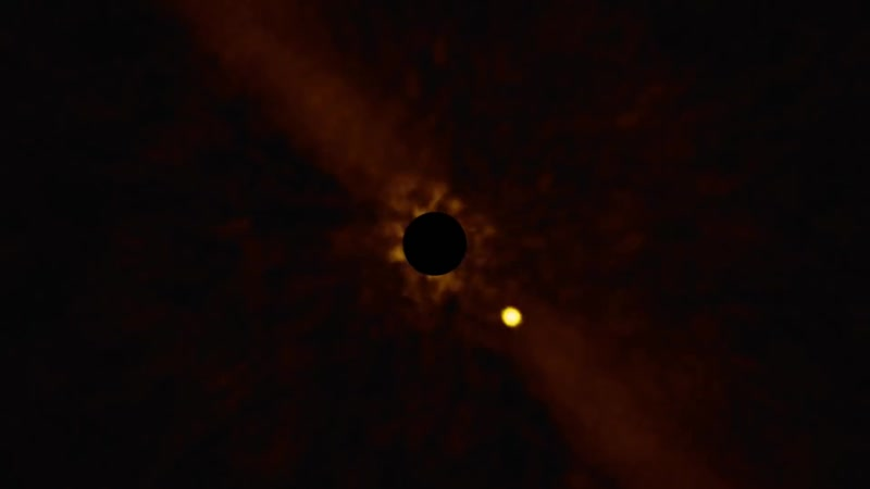 Планета Бета Скульптора b вращается вокруг звезды