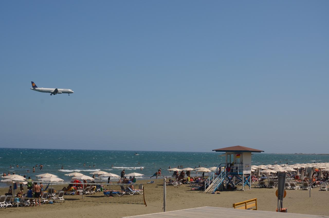 0T-_Fn9e2V0 Ларнака - туристическая столица Кипра.