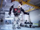 Разработка робота. Робот управляется человеком внутри.