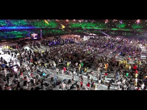 1000 DRUMERS PLAY NIRVANA - SMELLS LIKE TEEN SPIRIT 2017