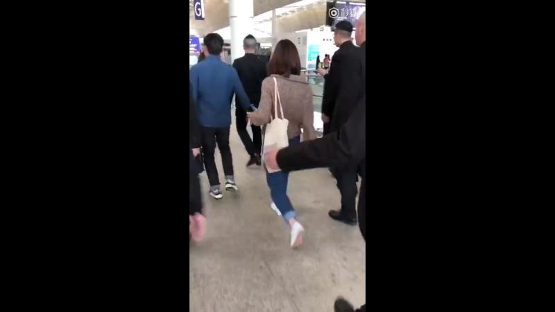 Krystal at Hong Kong Airport (180316)