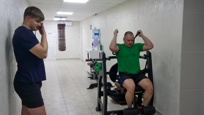 Когда тренер делает упражнение лучше, чем спортсмен