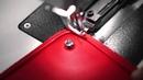 Cận cảnh quy trình làm một chiếc túi hiệu Dior