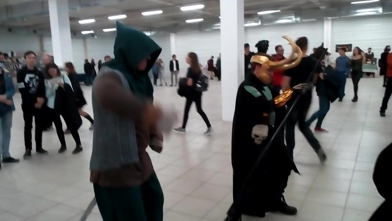 Локи и Рыцарь Танцуют!)