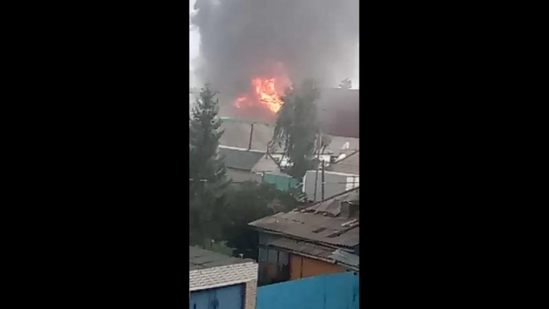 Крыша горит