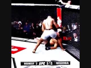 Yoel Romero vs Luke Rockhold vine