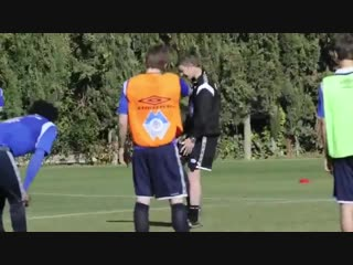 Manchester United - A clip of Ole Gunnar Solskjaer in training with Molde #MUFC