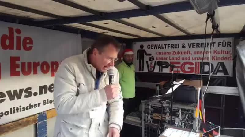 Lutz Bachmann 4.PEGIDA Dresden 5. Weihnachtssingen 16.12.2018 Phänomenale Rede von Michael Stürzenberger.