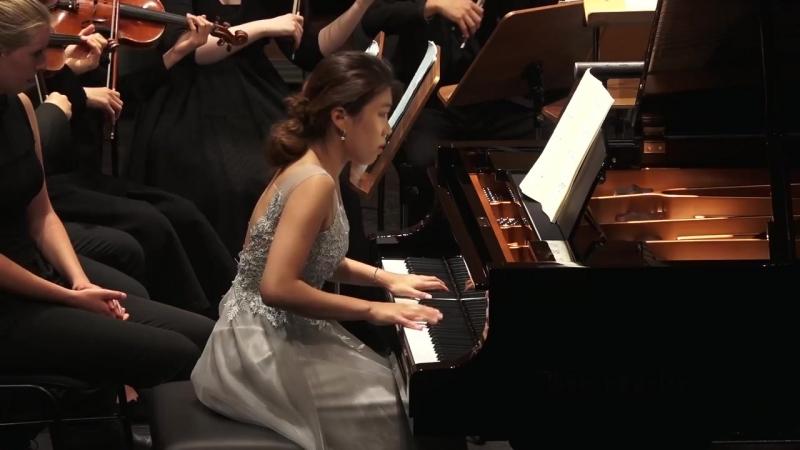 1055 J. S. Bach - Harpsichord Concerto No.4 in A major, BWV 1055 - Shinyoung Lee, piano