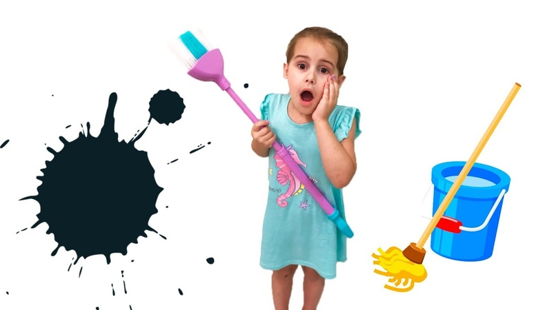 Alina helps Mommy! Kids Pretend Play with Cleaning Toys!