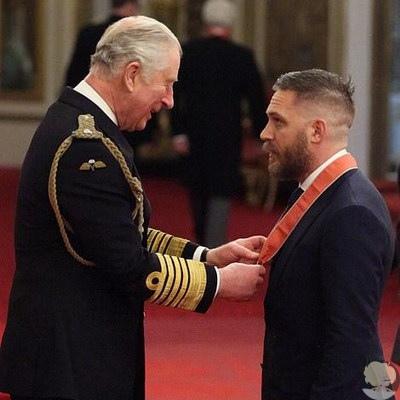 Том Харди удостоился звания командор Британской империи.
