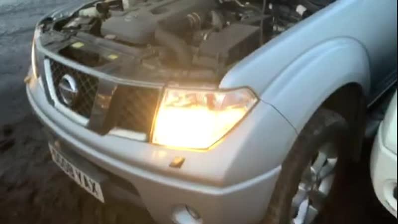 Обзор авто, проверка мотора Nissan Navara 2.5 d МКПП 2007 год