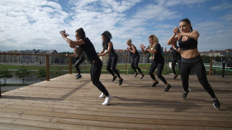 Strong by zumba Lithuania Agne Buta