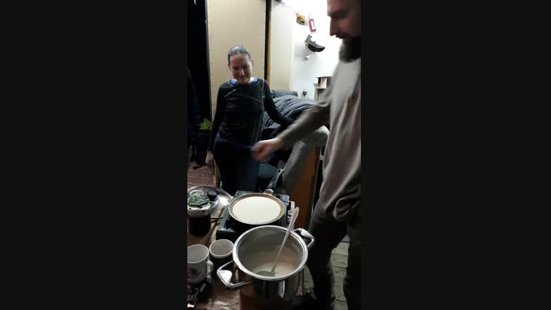 Печём блинчики на репетиции) 9 декабря 2018 (1)