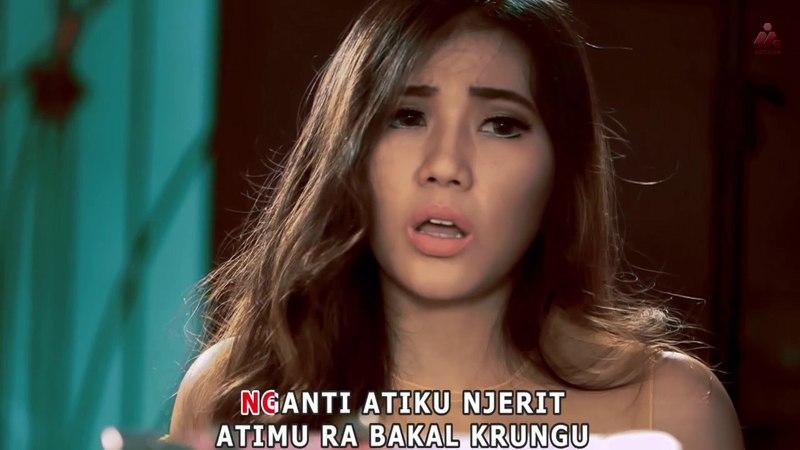 Via Vallen - Sayang (Official Music Video)