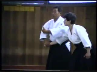 Saito Sensei demonstrates his great teaching skills at a Melbourne seminar in 1986.