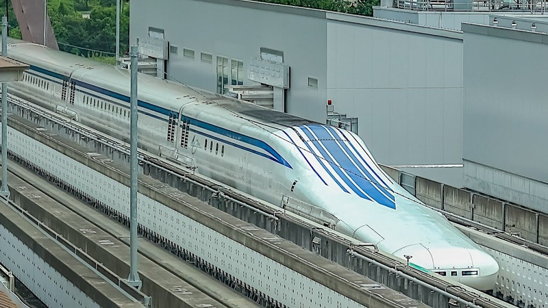 Super Fast Japan's Shinkansen Maglev Bullet Train / 超高速日本の新幹線 / Самый быстрый поезд в мире