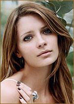 actor миша бартон. миша энн марсден бартон (род. 24 января 1986, лондон) - ирландско-американская актриса и модель. биография. отец пол бартон, англичанин по происхождению, занимался торговлей